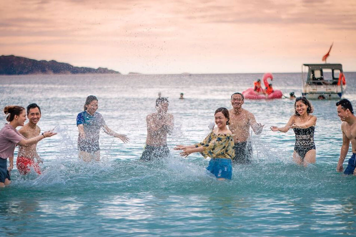 Swimming Time – Weekend Swimming Activity
