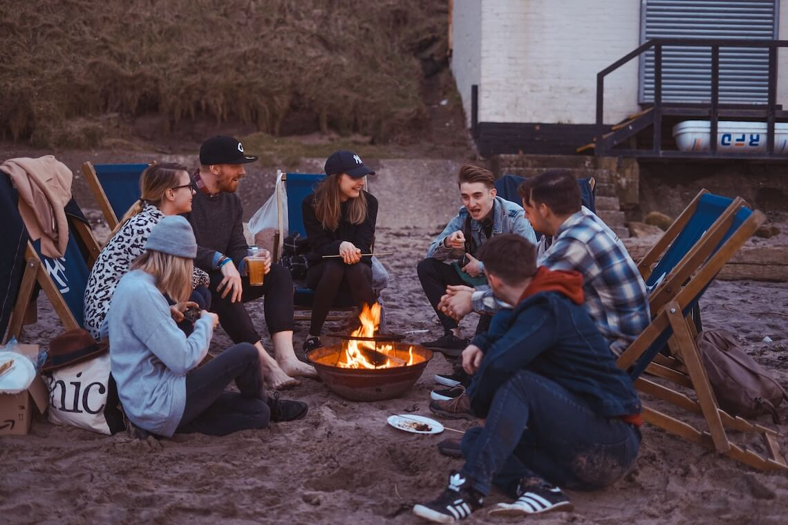 Young Camping – Holiday Camp for University